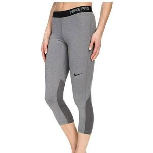 Nike Pro Gray Cropped Tights